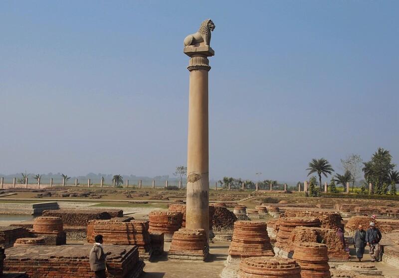 pillars of ashoka Pillars of ashoka carvings on a pillar of ashoka stupa and a pillar of ashoka edicts of ashoka qualities of the heart found in the edicts of ashoka.