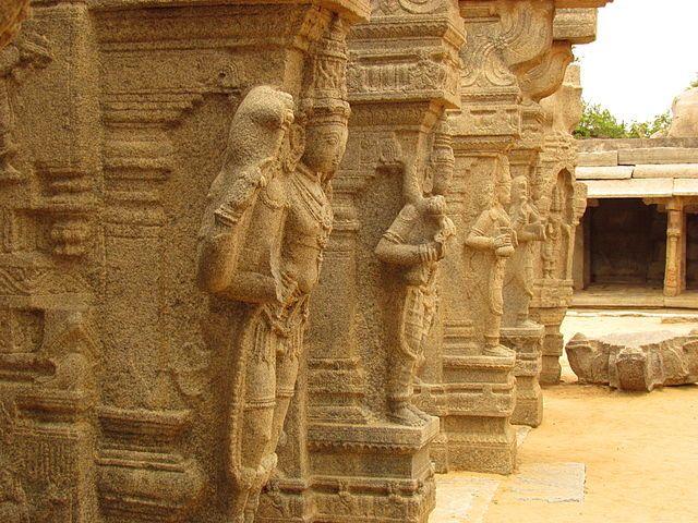 kalyana mantapa at Virabhadra Temple, Lepakshi