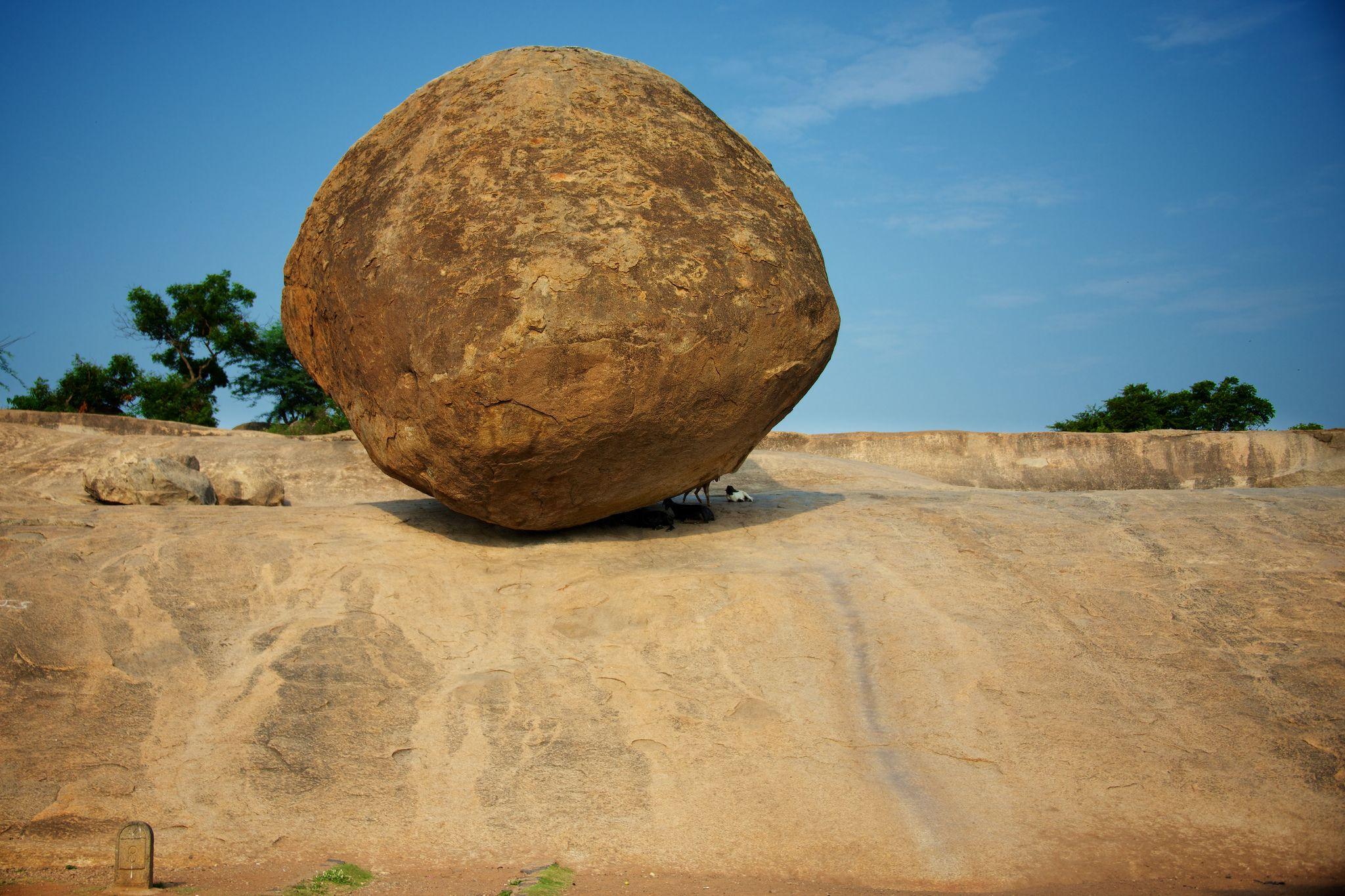 Balancing Rock, Mahabalipurum