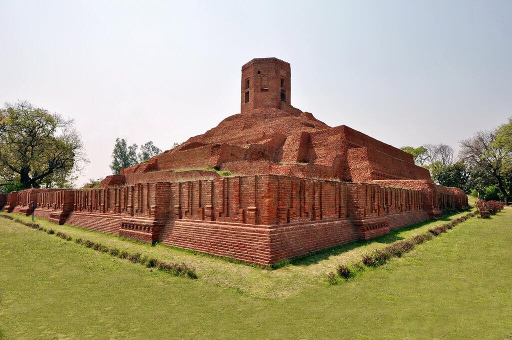 Ruins of Buddhist stupa, Chaukhandi Stupa, Sarnath, Varanasi, Uttar Pradesh, India