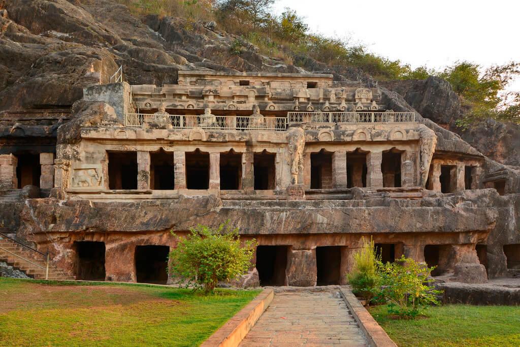 Undavalli Caves, Andhra Pradesh